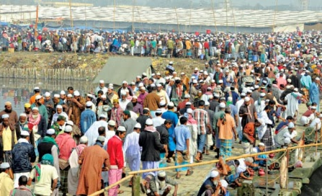 Second largest Muslim gathering closes in Bangladesh