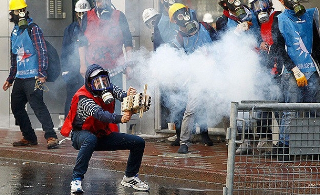 Turkey releases May Day rioters