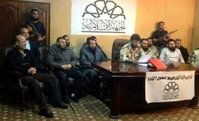 75 ISIL fighters 'defect' to Syrian rebel group