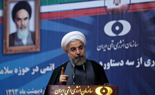Iranian president blames oil price fall on political conspiracy