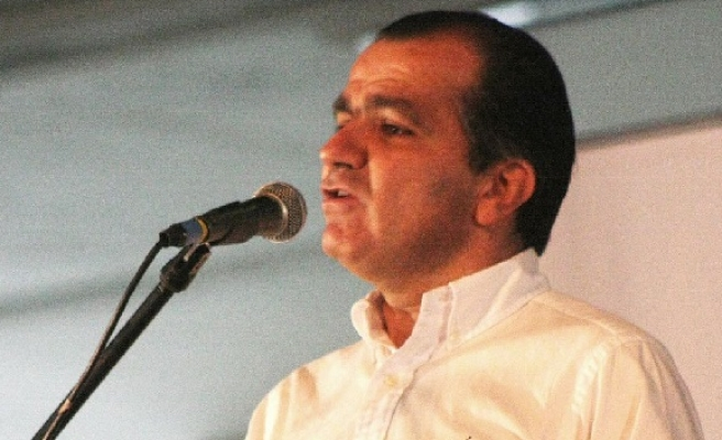 Colombia presidential candidate claims plot against him
