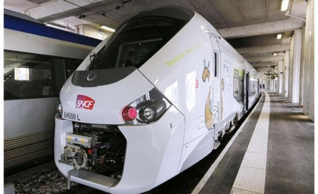 French train order debacle angers anti-liberalisation unions