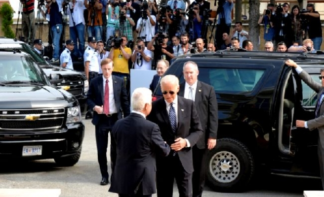 Flag controversy at US vice-president Biden's TRNC visit