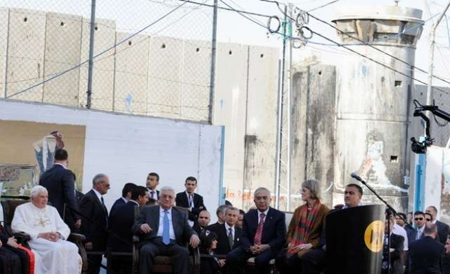 Haniyeh aide calls on Pope Francis to visit Gaza