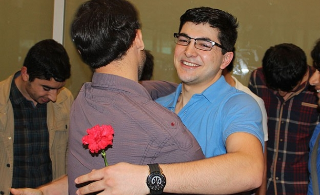 Turkish student detained in Egypt arrives home