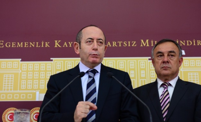 Turkey's opposition to submit corruption motion on PM