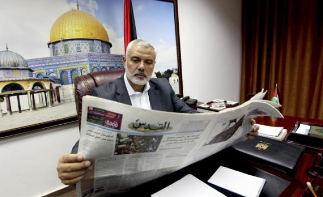 Israel bans Gaza newspapers in West Bank