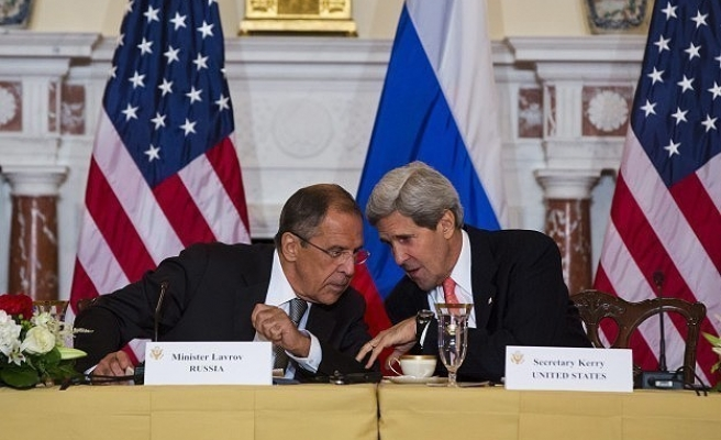 Lavrov and Kerry discuss recent violence in Ukraine
