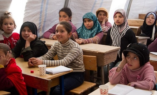Russian to become mandatory in Syrian schools