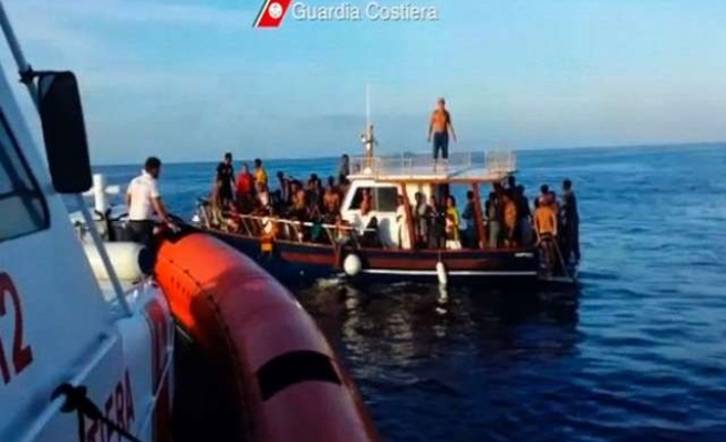 Italy rescues more than 2,500 migrants since early Thursday