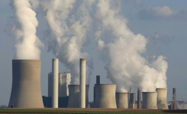 U.S. to seek 30 percent cut in power-plant carbon pollution