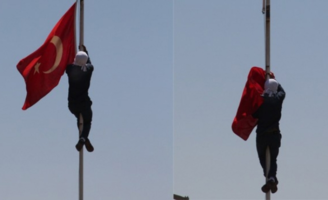 Probe launched into Turkey flag removal incident-UPDATED