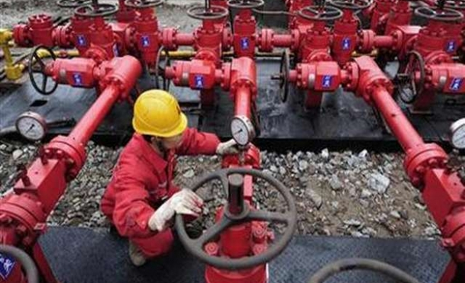 Ukraine says Russia plans to block gas flows to Europe