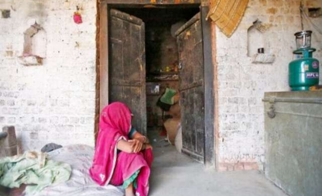 Indian teen girls gang-raped and hanged from a tree