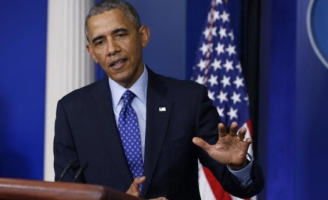Obama tells Afghan candidates fraud charges merit review