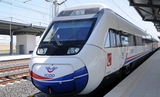 Turkish high-speed train crashes on test drive