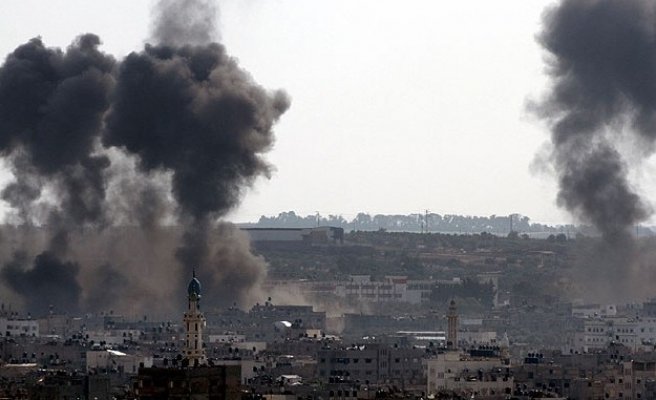 Israel steps up Gaza ground offensive, civilian casualties grow