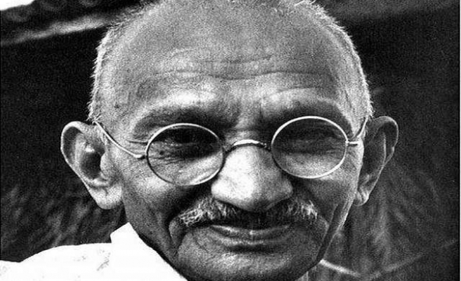 Gandhi statue to be erected opposite Houses of Parliament
