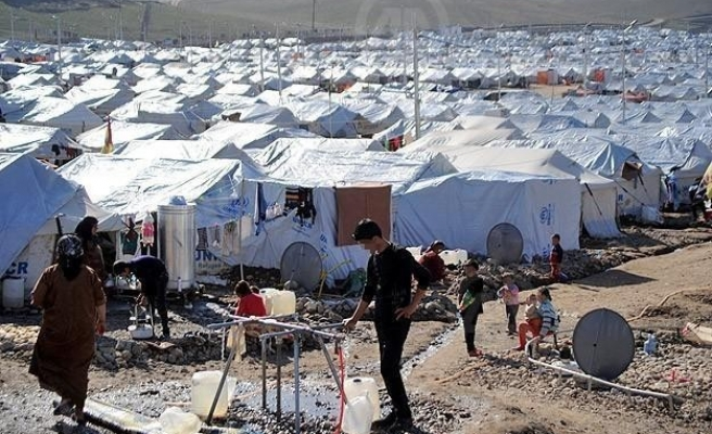 Syrian refugees top 3 million, half of all Syrians displaced - UN