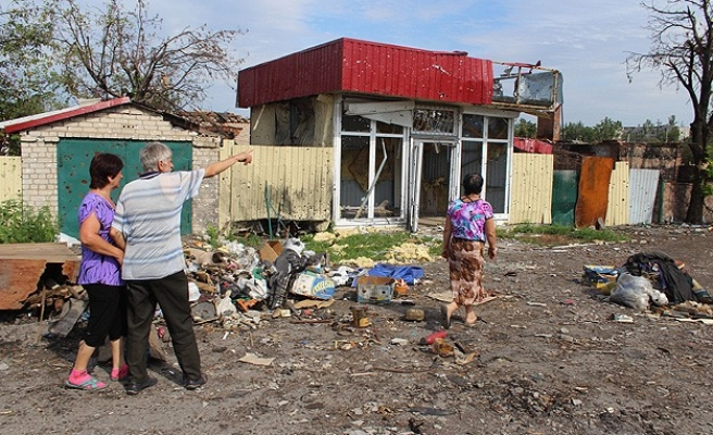 UN: 430,000 people driven from their homes in Ukraine