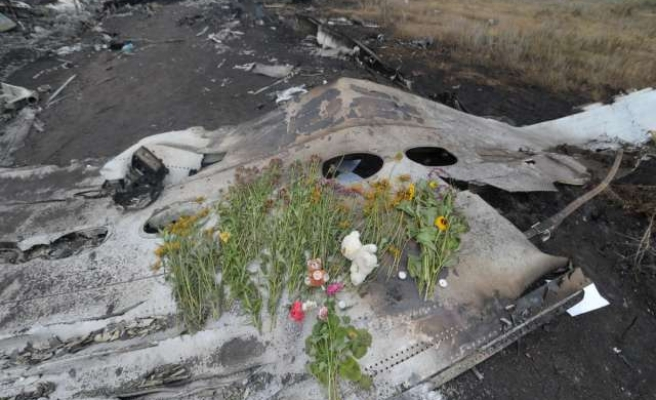 Dutch complete recovery of MH17 wreckage
