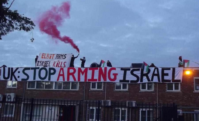 Protesters occupy Israeli arms factory in UK