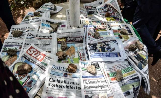 Nigeria monitoring 400 contacts of doctor who died of Ebola