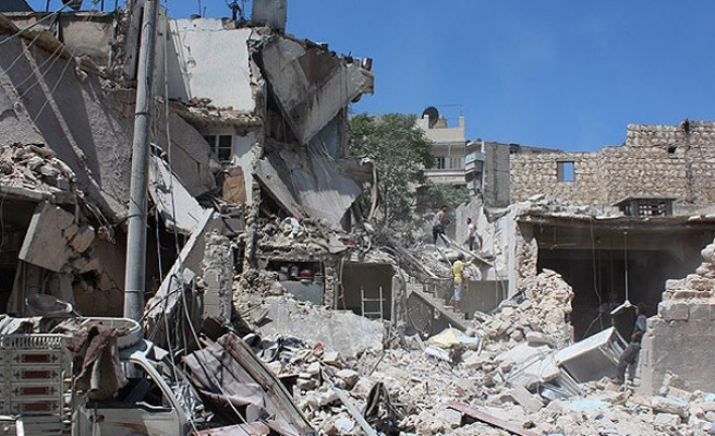 2,500 barrel bombs dropped on Aleppo in six months
