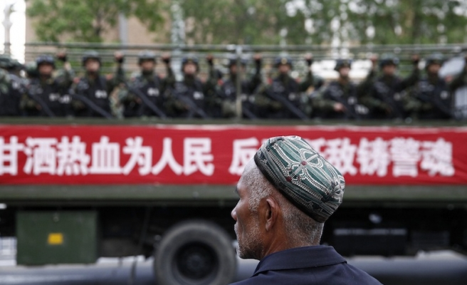Chinese police raided 148 points in Muslim Xinjiang in 2014