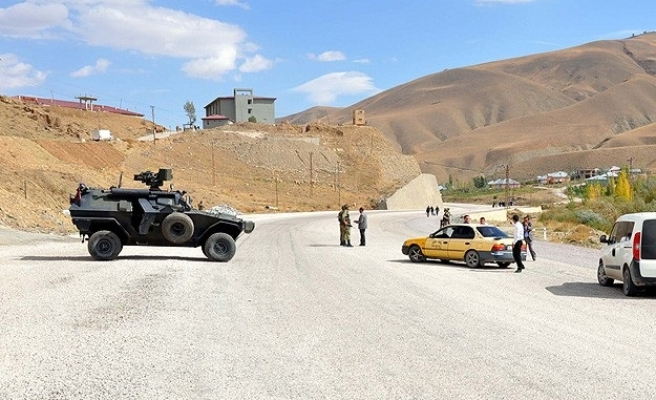 One dead, two injured in southeast Turkey clashes