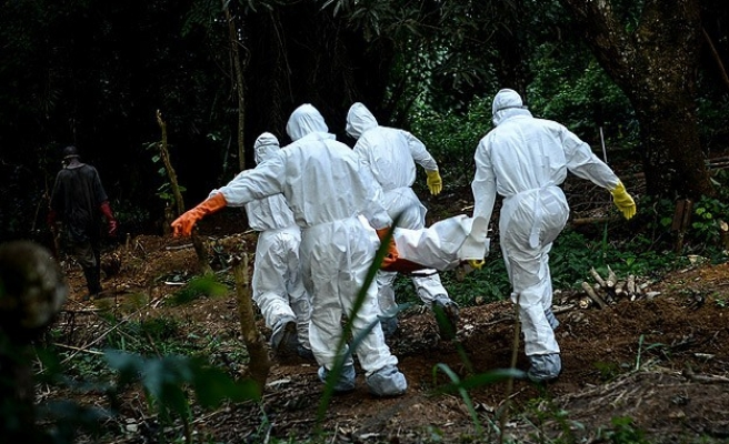 Death toll in W.Africa Ebola epidemic reaches 2,622