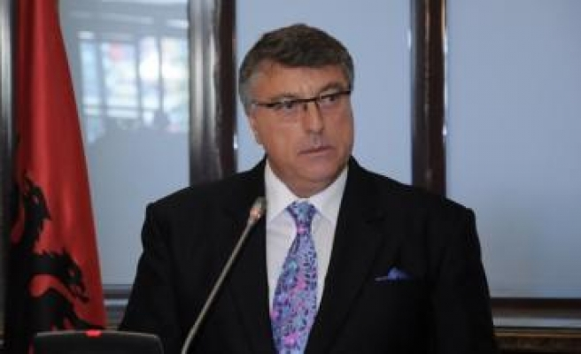 Albanian central bank governor arrested over vault theft