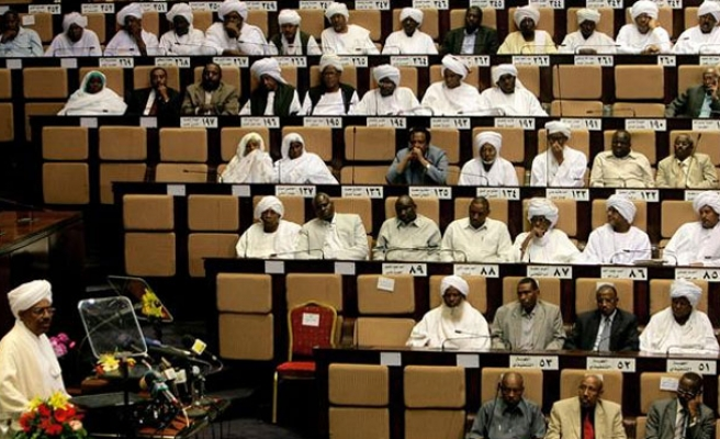 Sudan's Bashir calls for constitutional changes