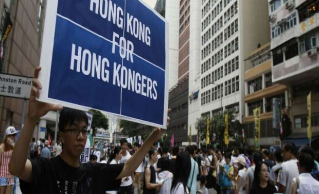40 arrested, 40 hospitalized in Hong Kong clashes