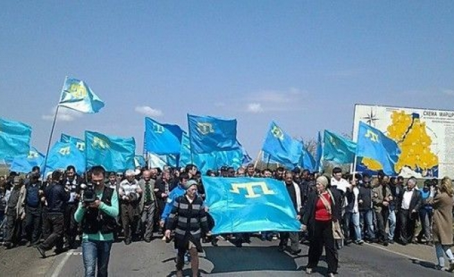 Ukraine says Crimean Tatars are 'under threat'