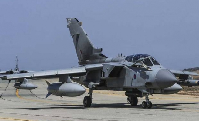 British jets launch their first attacks on ISIL