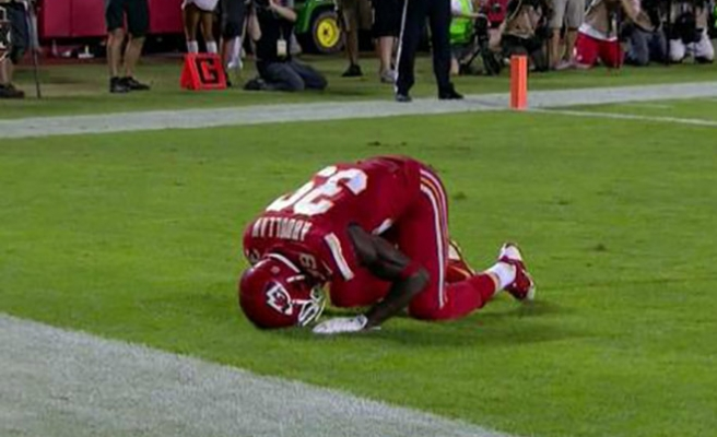 Muslim NFL player penalized for Islamic prostration