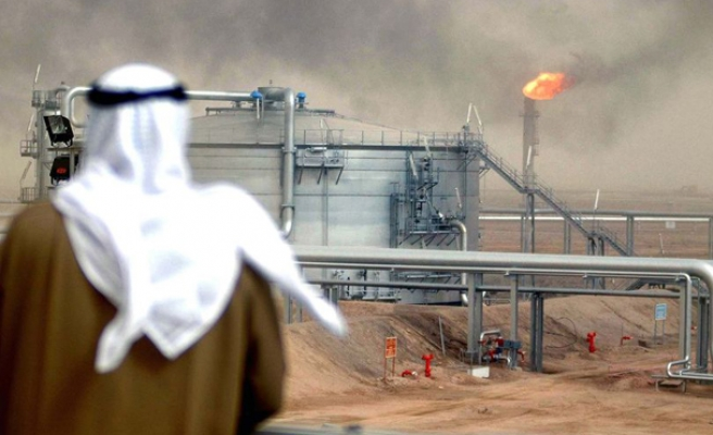 Saudi, Russia agree oil output freeze