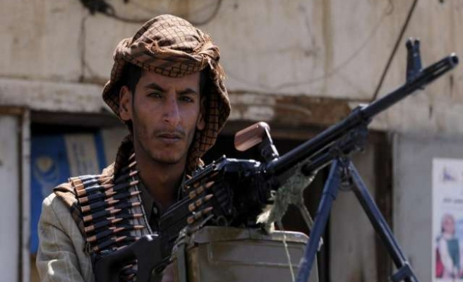 Houthi rebels give Yemen's president 10 days to form government