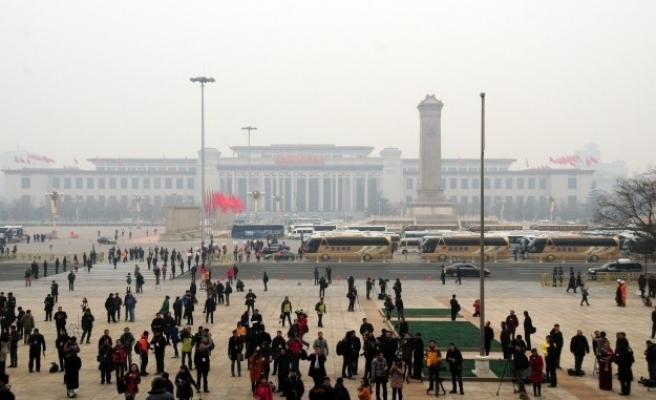 China to scrap temporary residence permits