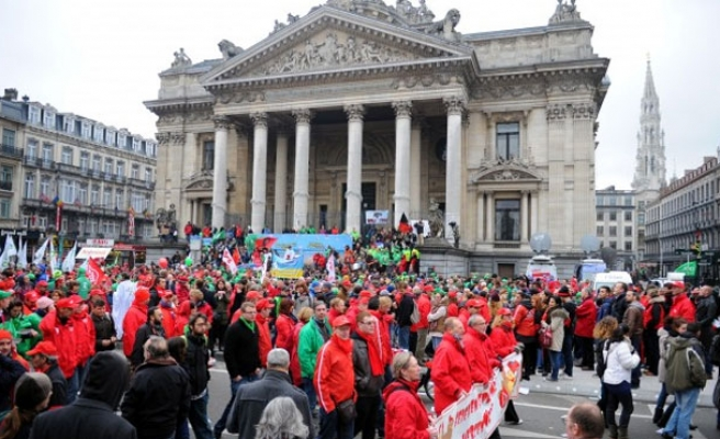 21 injured in anti-austerity protests in Brussels