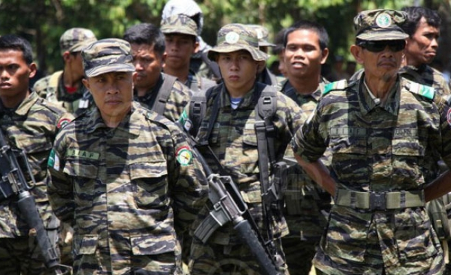 Philippines sends extra troops to tackle Abu Sayyaf