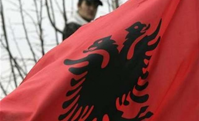 Albanians celebrate 102nd Anniversary of Independence