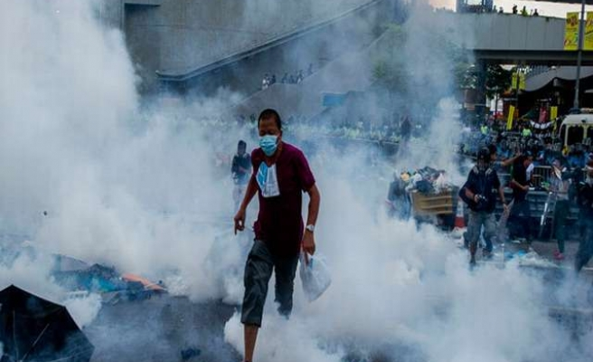 Britain says will not block sales of tear gas to Hong Kong