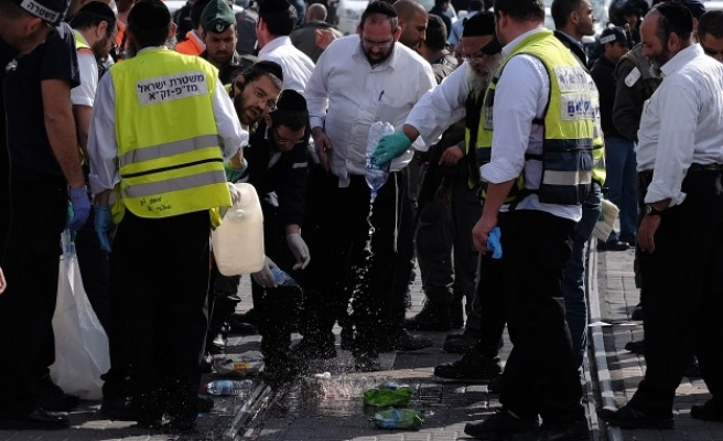 Israel to hold remains of synagogue attackers