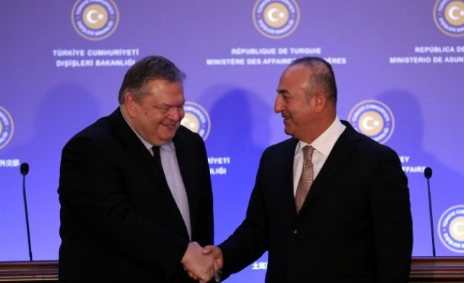 Greek and Turkish Foreign Ministers discuss Cyprus