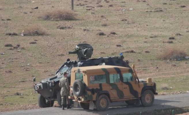 Fresh Iraqi Peshmerga unit enters Kobani through Turkey
