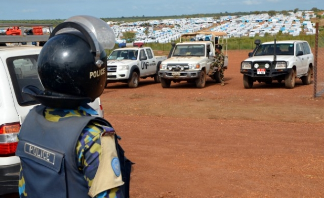 Aid workers caught in middle of S. Sudan conflict