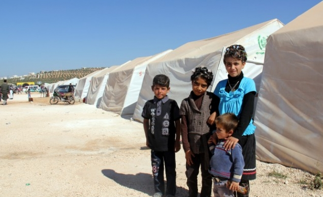 Syrians largest refugee group after Palestinians