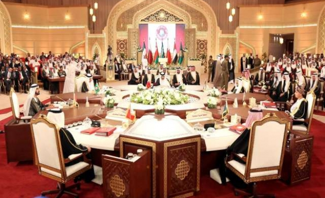 Differences persist after Gulf's 'happy summit'